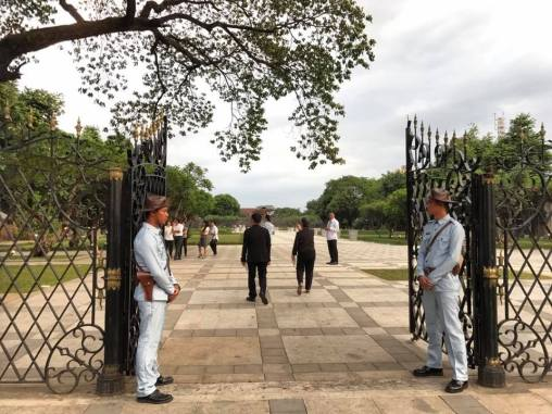 The new entrance to Fort Santiago and Plaza Moriones.
