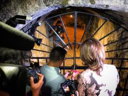 Secretary Wanda Tulfo-Teo and IA Director Atty. Guiller Asido opening the gates of Paseo Soledad.